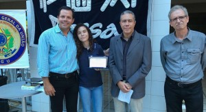Aluna PIO XI ganha concurso de redação da CGU