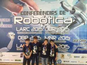 Equipe Pio XI de Robótica volta de OBR