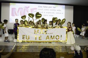 Dia das Mães: alunos Pio XI prestam homenagens